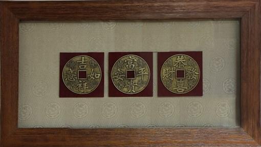 Картина по фен-шуй 3 счастливые монетки XMS-3337 - фото 185943