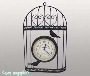 Часы в металлическом корпусе - фото 43281