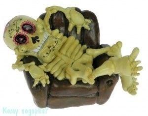Копилка «Веселый скелет» - фото 43936