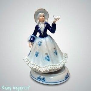 """Статуэтка музыкальная """"Девушка с голубем"""", h=18 см - фото 50006"""
