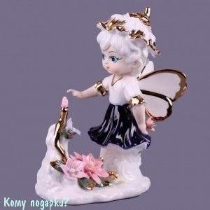 Фигурка «Ангелочек с букетом у ног», h=16 см - фото 51624