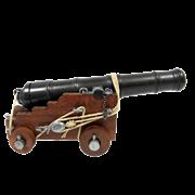 Пушка английского флота  декоративная 18 века DE-407