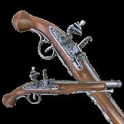 Пистоль системы флинтлок 18 века DE-1102-G