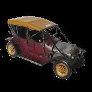 Модель ретро-автомобиля бордовый с желтым верхом RD-1304-E-3600