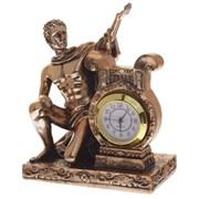Часы настольные декоративные L10 W10 H13 см