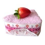 Полотенце-пирожное, 20х20 см, розовый, с клубничкой