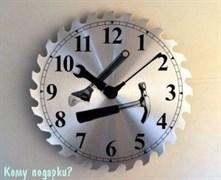 Часы настенные с рисунком «Инструменты»