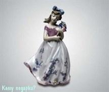 Статуэтка «Девочка с букетом», 24 см