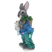 Фигурка садовая Заяц с морковкой полистоун H58 см