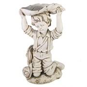 Фигура декоративная Мальчик под листом антик L21W15H25 см.