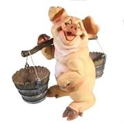 Фигура декоративная Свинка с коромыслом (без пятен), L22W19H34