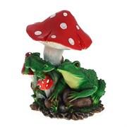 Изделие декоративное Две лягушки под грибом Н37см