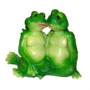 Фигура декоративная садовая Лягушки целуются L22W13H17 см