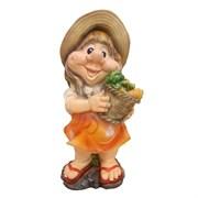 Фигура декоративная садовая Девочка с морковкой L18W15H40см