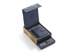 Набор: Шариковая ручка Carene Deluxe Black GT с блокнотом в обложке Waterman 1978717