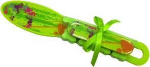 Набор педикюрный (терка, пилка, разделитель для пальцев) салатового цвета Dewal Beauty NAB-2