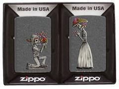 Набор из двух зажигалок Влюбленные зомби Zippo 28987